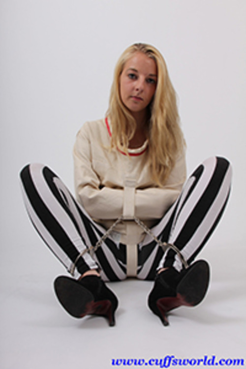 Product picture Missie in a Posey straightjacket