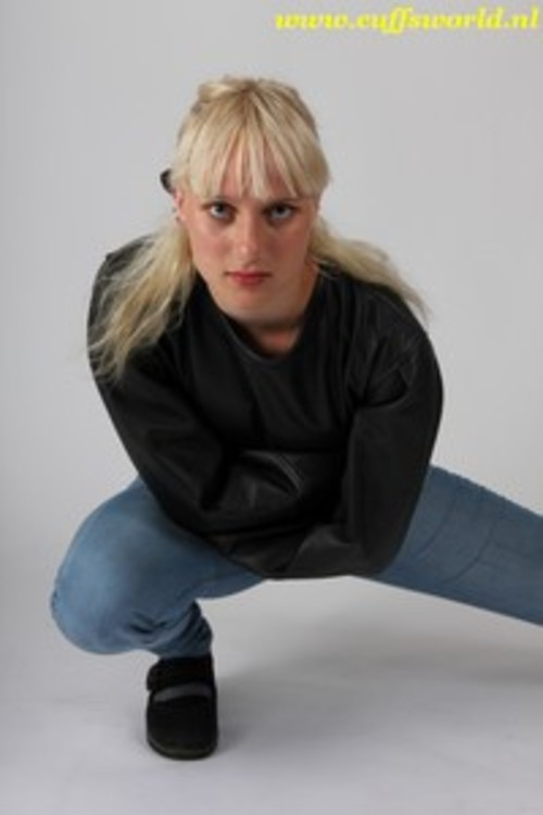 Product picture Ydira in a leather straightjacket